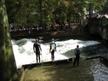 Surfing in Munich!!!!_3