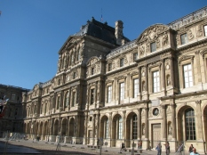 The Louvre Museum_2
