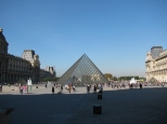 The Louvre Museum_3