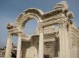 Ephesus Ruins_16