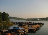 Floating Village_2