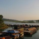 Floating Village_2