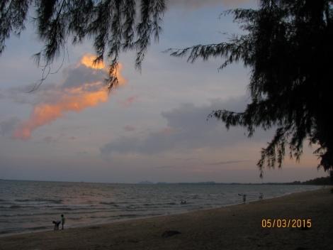 Lola's Beach at Night_2
