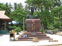 Monument to Founding King_2