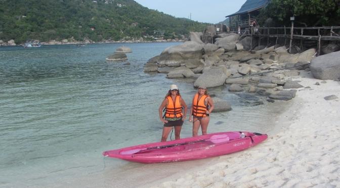 Kayak to Koh Nangyuan