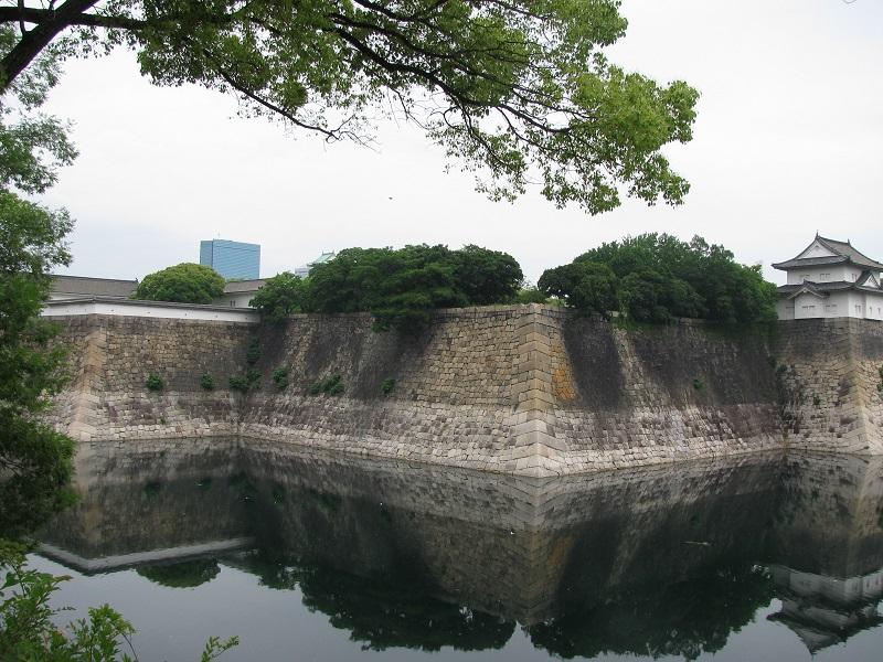 Osaka Castle Moat_2